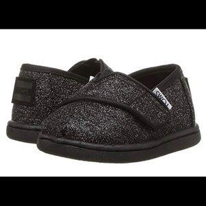 NEW TOMS Kids Black Iridescent Glimmer shoe